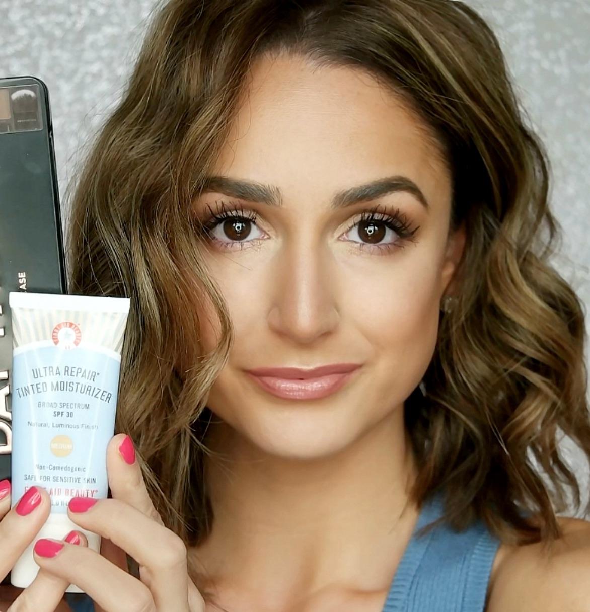 Amanda Bella Beauty Widget 2